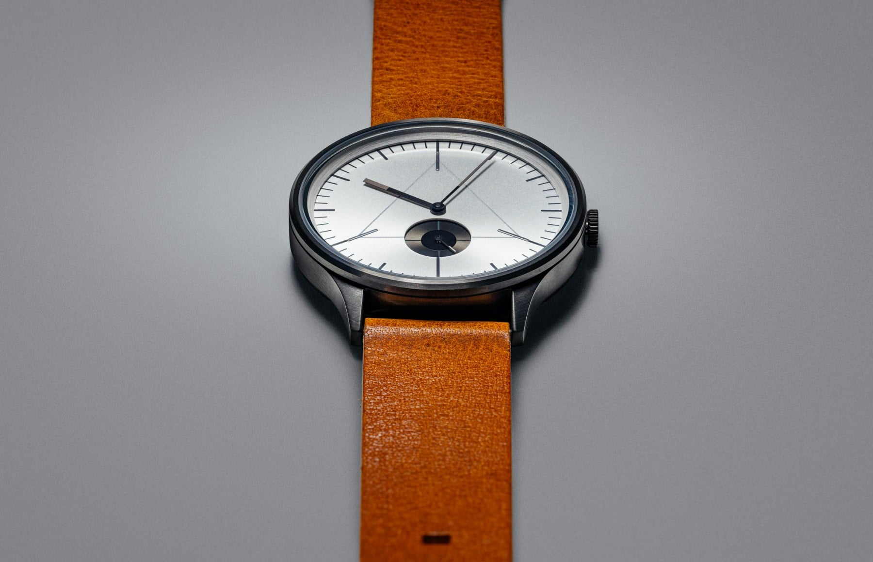 CRONOMETRICS Architect L16 gunmetal / chrome watch (still)