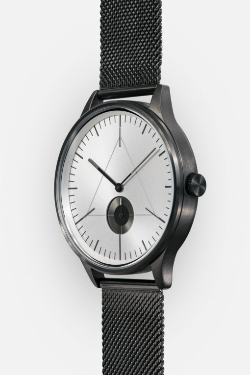 CRONOMETRICS Architect S16 gunmetal / chrome watch (side view)