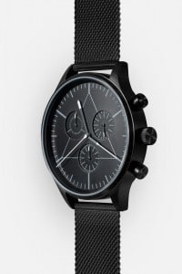 CRONOMETRICS Engineer black watch (diagonal view)
