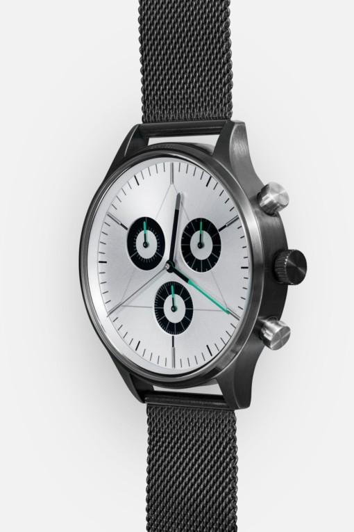 CRONOMETRICS Engineer S8 gunmetal / chrome watch (side view)
